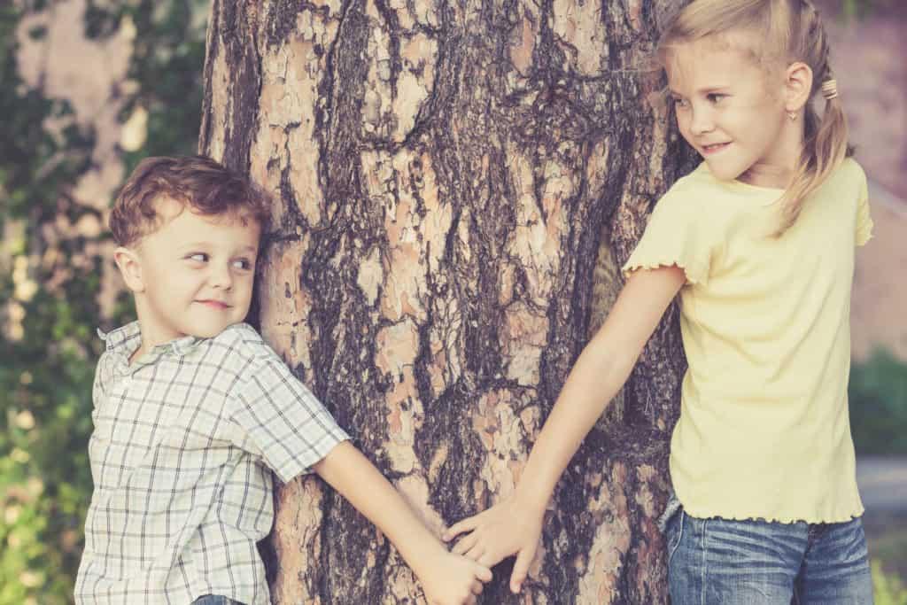 Как подружить старшего и младшего ребенка