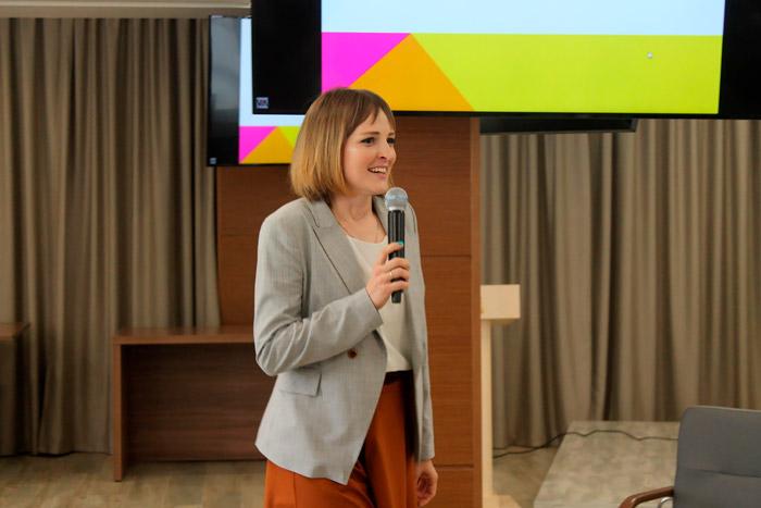 Выступление Анны Целуйко на Межрегиональном Фестивале Детских центров
